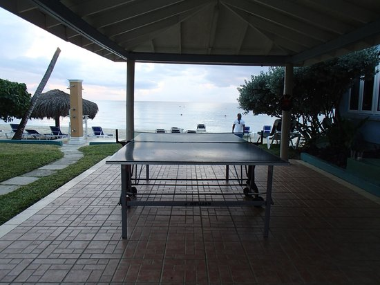 Sensatori Jamaica by Karisma:                   table tennis