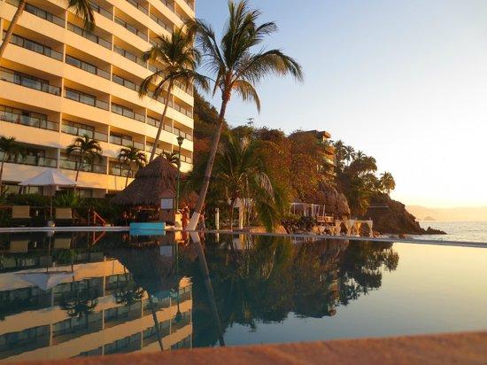 Hyatt Ziva Puerto Vallarta: Infinity pool