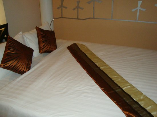 The BluEco Hotel:                   Double bed
