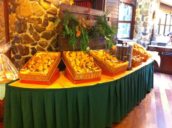 Disney's Sequoia Lodge : Buffet petit-déjeuner.