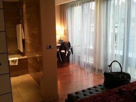 Eurostars Budapest Center Hotel:                   Bedroom1