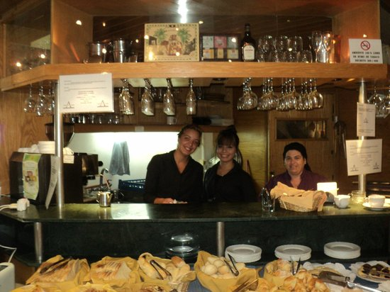 Armon Suites Hotel:                   Personal muy amable
