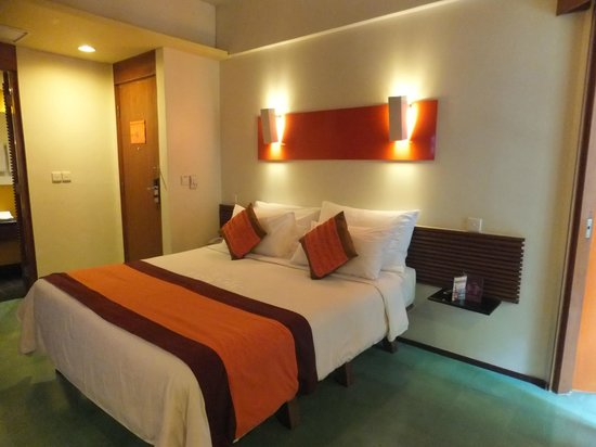 Mercure Kuta Bali:                   overview of the room