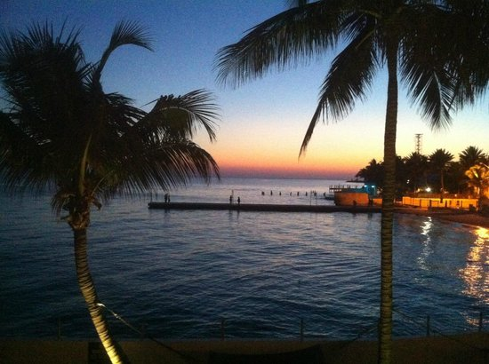 Southernmost Beach Resort:                   Sunset from West Lawn Oceanfront King