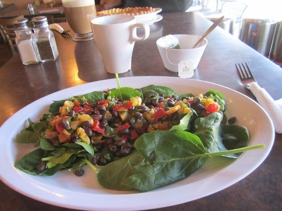Bedoian's Bakery & Bistro :                                     Delicious spinach salad with mango & black beans