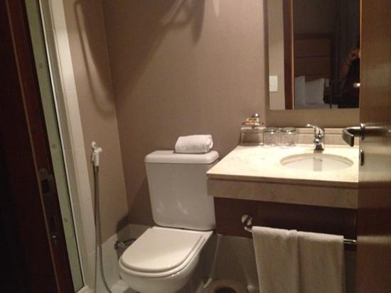 Sushi Palace: Bathroom