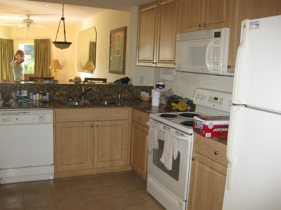 Sunset Vistas Beachfront Suites:                   Great full kitchen