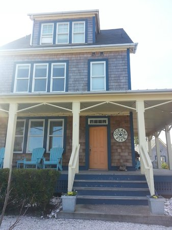 Seabrook Cottage Rentals:                   Ocean Five cottage