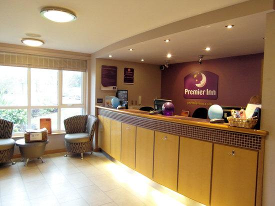 Premier Inn Welwyn Garden City Hotel: Reception