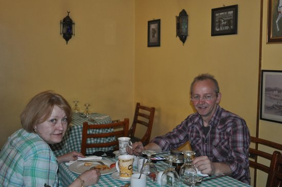 Deans Bistro :                   Eva & JK - satisfied customers at Deans