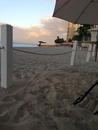 Moana Surfrider, A Westin Resort & Spa:                   View from umbrella area on beach