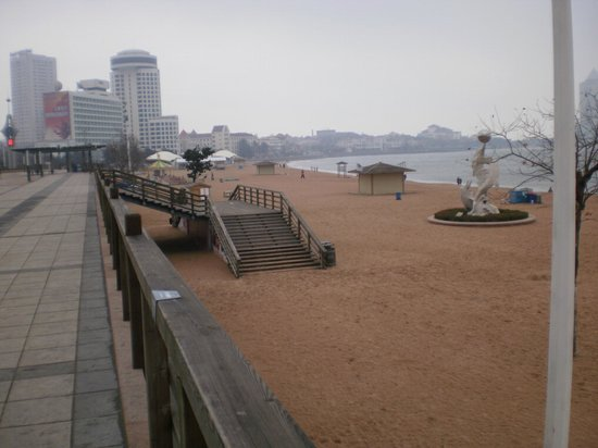 Qingdao Beach Walk Street :                   Bathing Beach