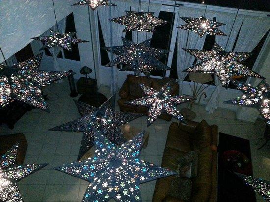 Casa Yvonneka:                   amazing light fixtures