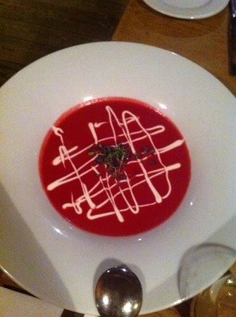 The Old Bauernhaus: curry beet soup