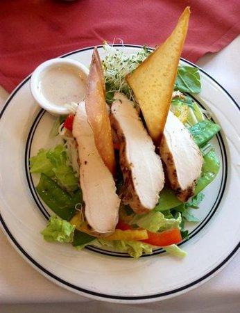 The Oaks at Ojai:                                     healthy salad