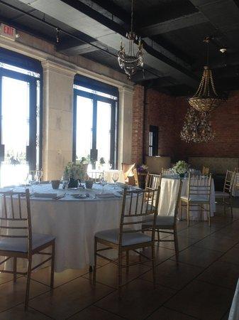Oheka Castle:                                     Restaurant
