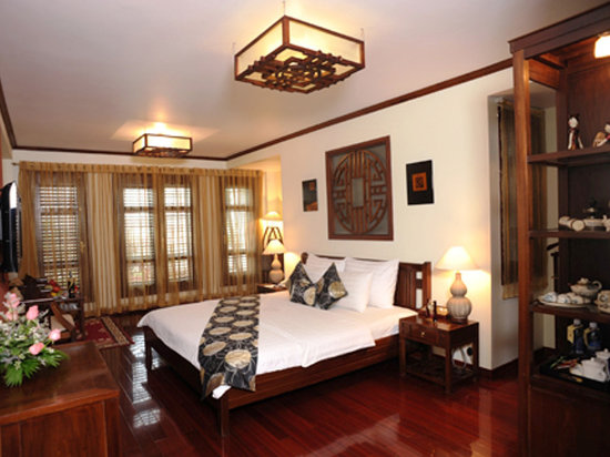 Golden Lotus Hotel: Classic suite