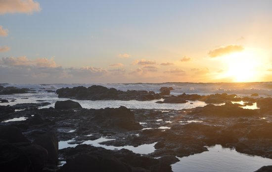 Pono Kai Resort:                   Sunrise at Kapaa Lookout!