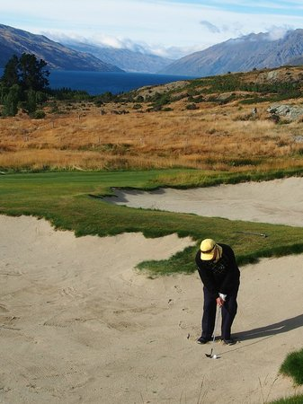 Jacks Point Golf Course Queenstown: Hard to concentrate