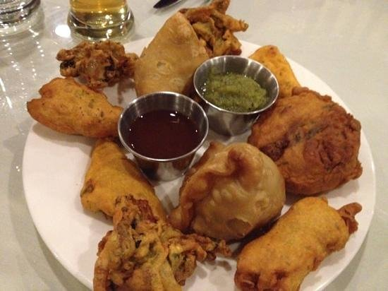 India Palace Restaurant: Mixed appetizers, a great value at $10