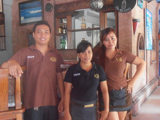 Wayan & Friends : Staff at Wayan's