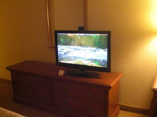 La Quinta Inn & Suites Downtown Conference Center: Screensaver that welcomes you to your room