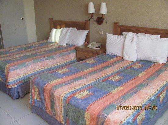 Baluartes Hotel:                   camas