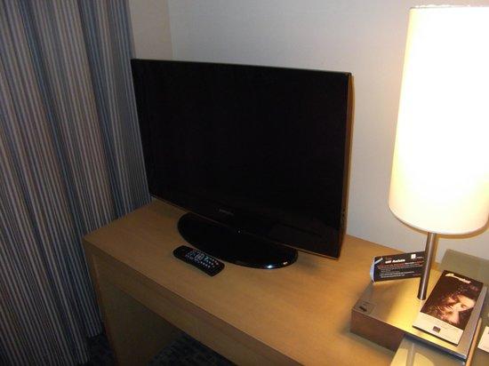 โรงแรมโนโวเทล กรุงเทพ สยามสแควร์: flat-screen TV
