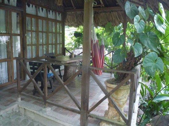 Ecohostal Yuluka: Cabanaterrasse