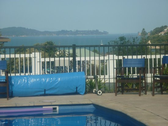 Snells Beach Motel: View from Pool