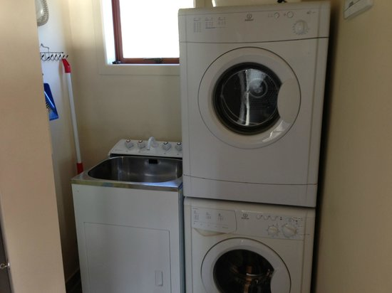 Castaways Resort: Laundry room