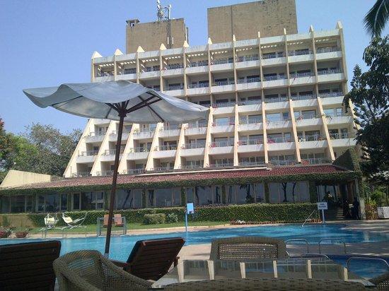 Aksa Beach Resort