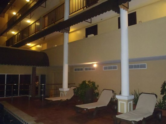 Country Inn & Suites By Carlson, Panama City, Panama: área de piscina