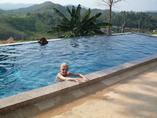 Chiang Rai ATV:                   Relaxing afternoon in the pool