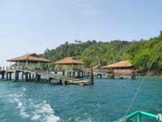 Koh Ngai Resort: Kog Ngai Resort and Pier