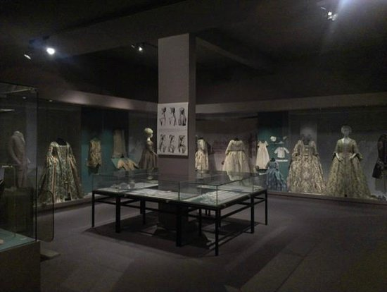 ‪Museum of Costume and Lace‬