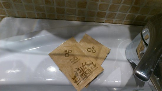 Hotel Himalaia Pas:                   bath