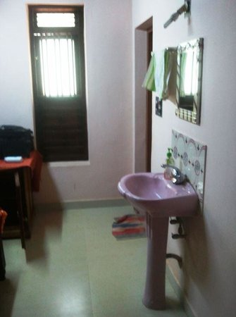 Dirty Wash Basin Inside Your Bedroom Picture Of Varnam
