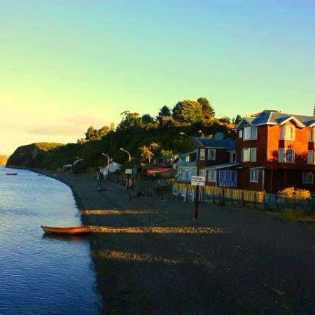 Isla Chiloe, Chile: Hotel Esmeralda by the sea