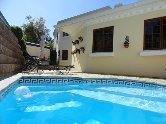 Blaauwheim Guest House:                                     Pool