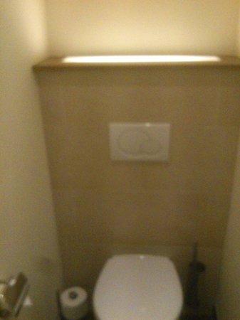 Hotel Cocoon Sendlinger Tor :                                     Toilet