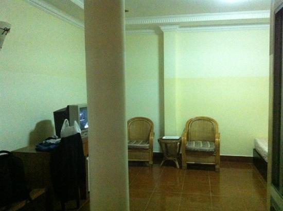 Comfort Star Hotel:                                     room