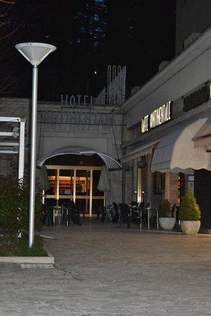 Hotel Continentale: Entrata dell'hotel