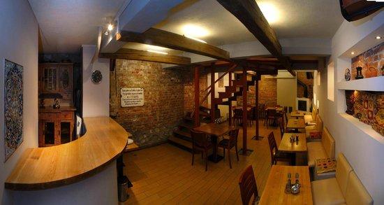 Cybulskiego Guest Rooms: Dining/Club Room