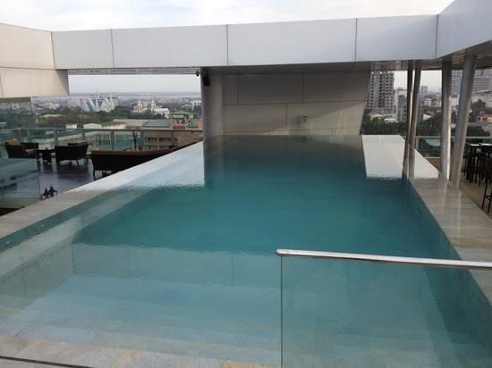 Best Western Plus Lex Cebu : pool