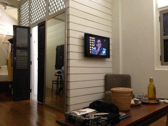 Muntri Mews:                                     Room K - very spacious! Middle door is the bathroom