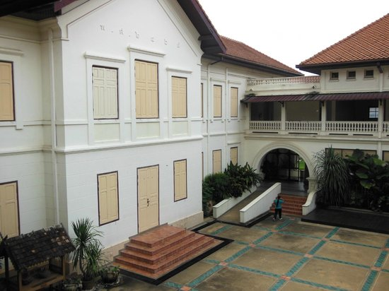 Chiang Mai City Arts and Cultural Centre: the big courtyard