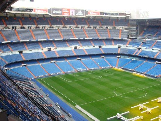 Estadio Santiago Bernabéu:                   amazing