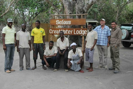 ‪‪Selous Great Water Lodge‬:                   Selous Great Water Lodge (Me and Staff)