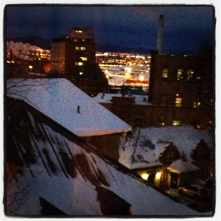 Le Champlain Hotel:                                                       View from Junior suite 4th floor